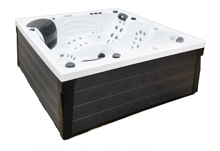 Onyx Hot Tub White with Grey Skirt
